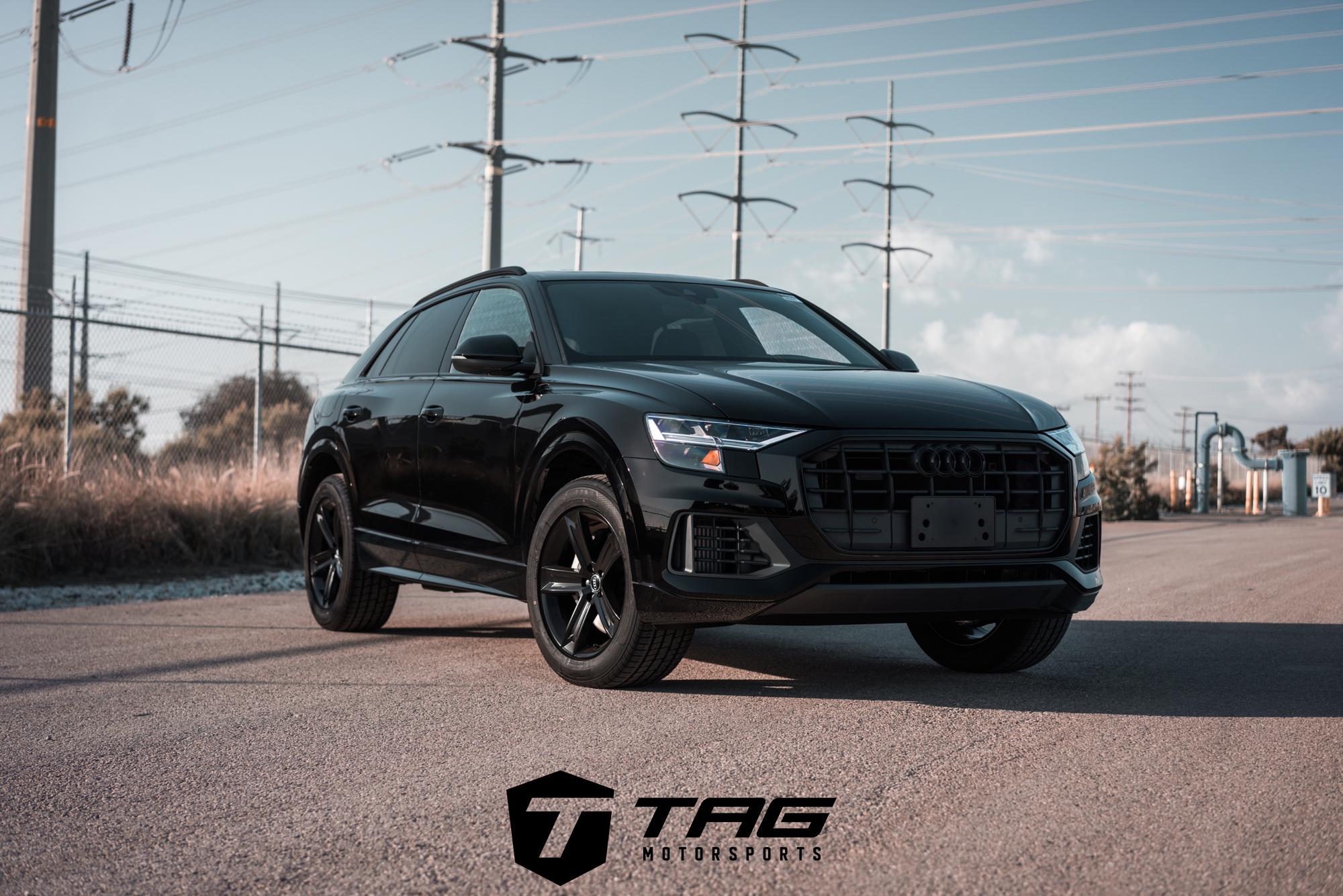 Hedendaags 2019 Audi Q8 Blacked Out With The TAG Motorsports Touch! - TAG WR-92