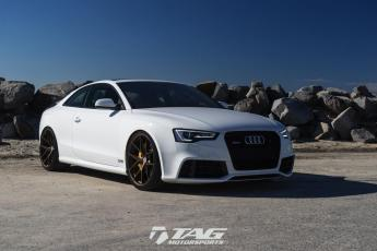 13' RS5 ON HRE P101