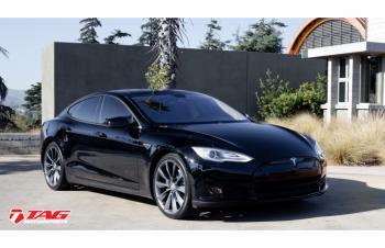 14' Tesla Model S BlackOut