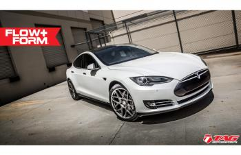 14' Tesla on HRE FF01