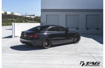 15' RS5 on HRE P104