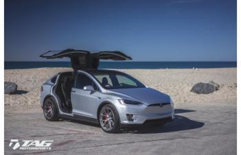 16' Tesla Model X on HRE