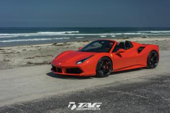 17' 488 Spider on HRE P207 Wheels