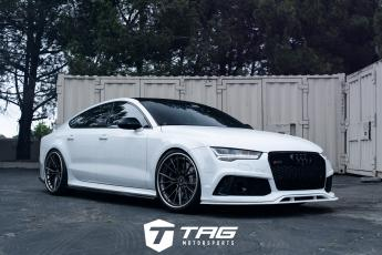 17' Audi RS7 with Prior Design PD700R lip