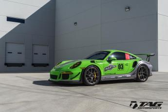 16' GT3RS on HRE Wheels
