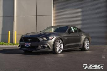 "17' Mustang GT on 20"" Vossen VFS10"