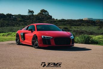 "17' R8 V10+ on 20/21"" Vossen HC-1"