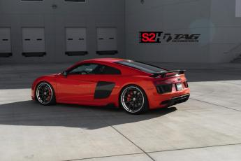 17' R8 V10+ on 20/21 HRE S201H Wheels