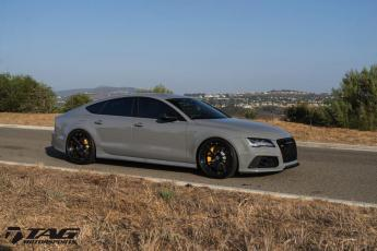 17' RS7 on HRE S104