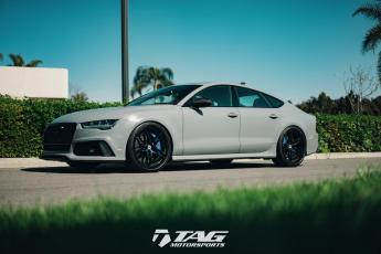 17' RS7 Performance on HRE P107 Wheels