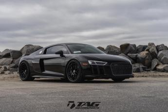 "17' R8 on 20/21"" HRE RS100"
