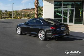 "18' B9 S5 on 20"" Vossen VFS10"