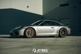 "18' GT3 Touring on 21"" ANKRY AN32 Wheels"