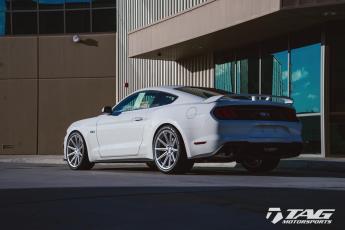 18' Mustang on Vossen Wheels