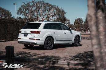 18' Q7 on Vossen HF-2 Wheels