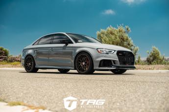 18' RS3 on HRE Classic 300M