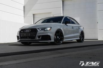 18' RS3 on HRE RS205M