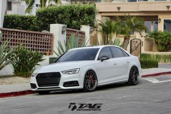18' S4 on Vossen ML-X3 Wheels