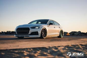 18' S5 on Vossen Wheels