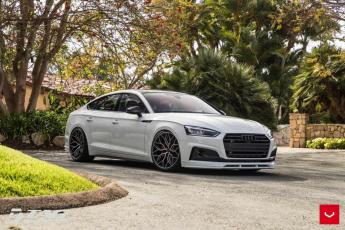 18' S5 Sportback on Vossen HF-2 Wheels