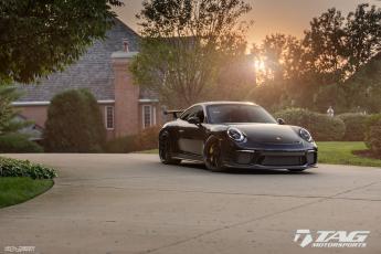 18 Porsche 991.2 GT3 on HRE R101LW