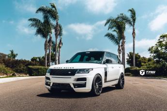 18' Range Rover on Vossen S17-12 Wheels