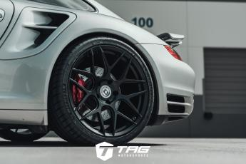 997 Turbo on Flowform FF01 Wheels
