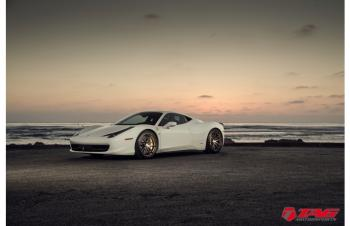 "FERRARI 458 ON 20/21"" HRE P104"