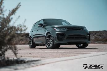 18' Range Rover Sport on Vossen UV-1