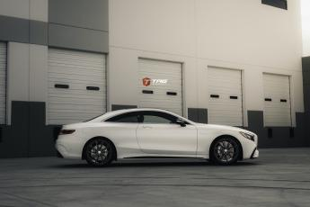 18' AMG S65 on HRE P204 Wheels