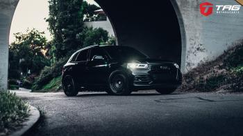 19' SQ5 on HRE Vintage 501 Wheels