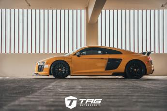 R8 Coupe with Carbon Aero