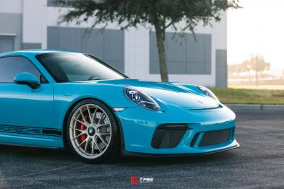 WELCOME TO THE 991 WORLD. A Porsche 991 Inspirational Post for current and future owners.
